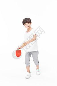 男孩打乒乓球图片