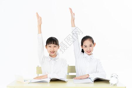 中学生上课举手抢答图片