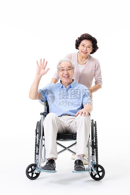 老年夫妇推轮椅图片