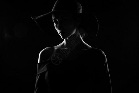 外国优雅女性黑白剪影图片