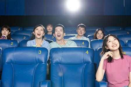 好友聚会电影院看电影图片
