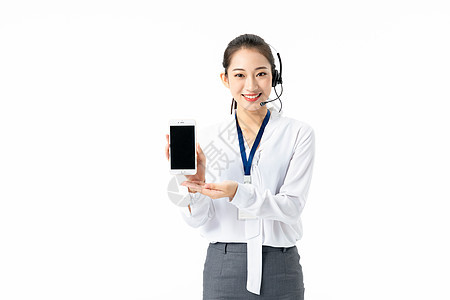 客服女性拿手机展示图片