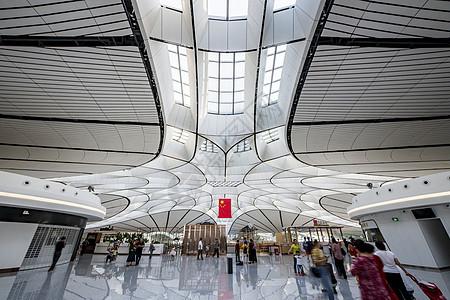 北京大兴国际机场中央天花板图片