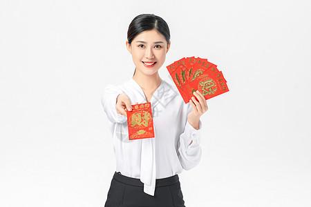 商务美女迎新年发红包图片