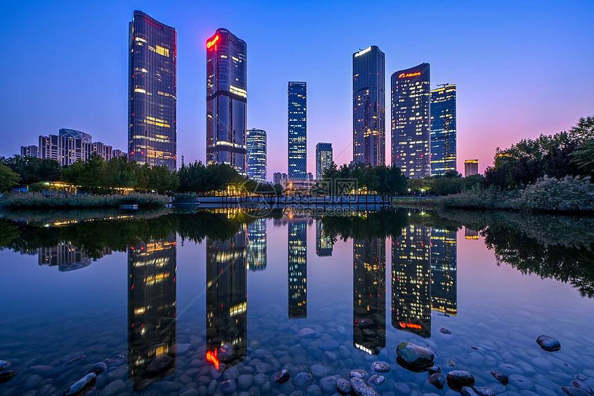 北京望京公园夜景图片
