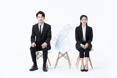年轻商务人士等待面试图片