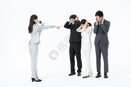 霸道总裁训斥员工图片