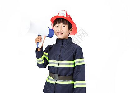 小小消防员拿着喇叭图片
