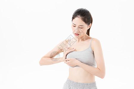 青年女子乳腺增生图片