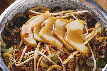 杏鲍菇鱼香肉丝套餐饭特写图片