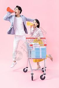 青年情侣购物图片