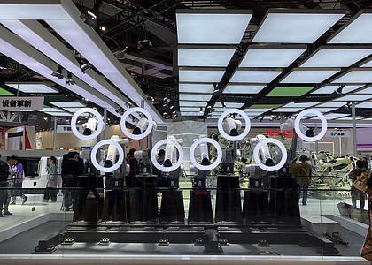 上海进博会协同机器人舞阵图片