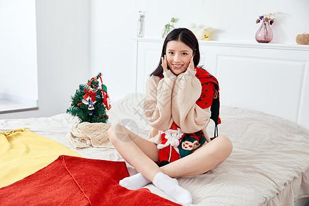 居家圣诞美女图片