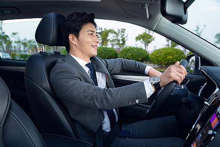 司机驾车专车代驾图片