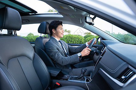 男性司机专车代驾图片