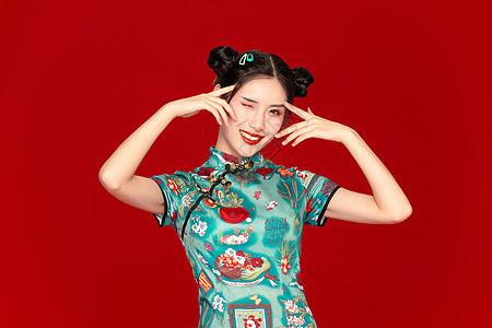 国潮旗袍美女图片
