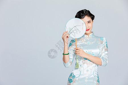 中国风旗袍美女图片