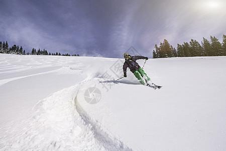 德国斯皮津西滑雪者图片