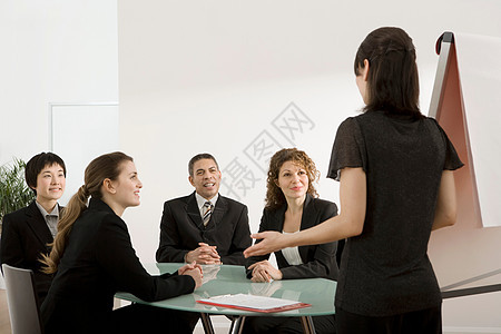 做演讲的女商人图片