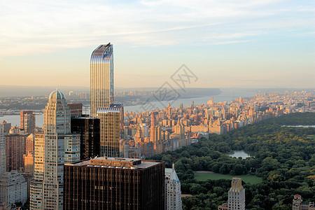 美国纽约曼哈顿天际线和中央公园景观图片