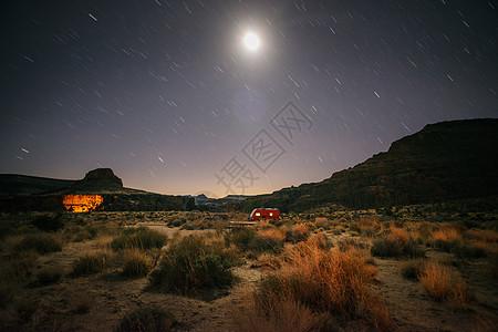 美国加利福尼亚州莫哈韦国家保护区墙洞营地图片
