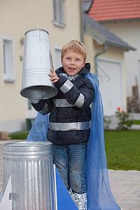 建造火箭的男孩图片