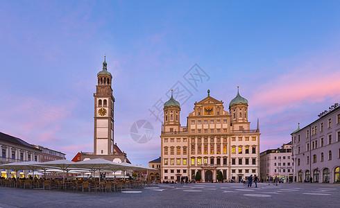 德国巴伐利亚州奥格斯堡市政厅和帕尔拉赫图姆塔楼图片