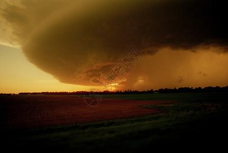 美国俄克拉荷马州龙卷风图片
