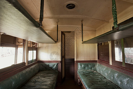 肯尼亚内罗毕铁路博物馆的一辆客车图片