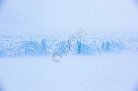 斯匹次卑尔根的冯波斯特冰川图片