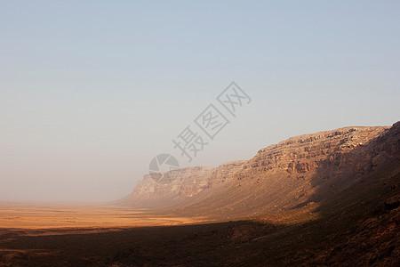 也门索科特拉努加德悬崖图片