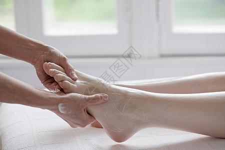 做SPA修脚的女人图片