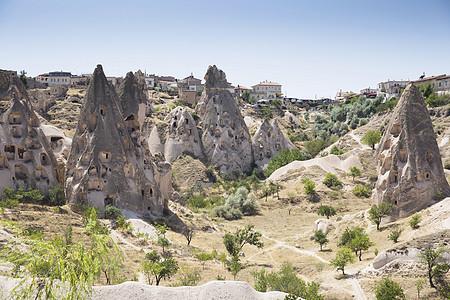 土耳其安纳托利亚卡帕多西亚乌希萨村岩层图片