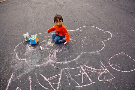 幼儿用粉笔画单词图片