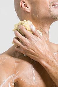 洗澡的人图片