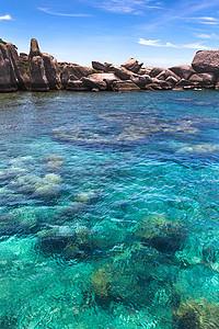 泰国苏梅岛清澈的海景图片