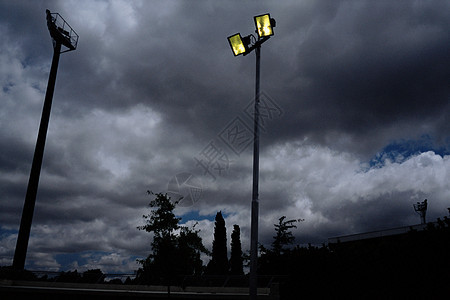 暴风雨的天空图片