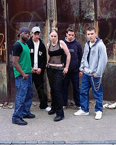 街头青少年群体图片