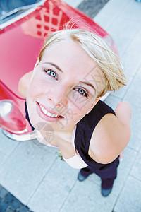 年轻女子图片