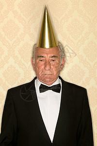 戴礼帽的老人图片