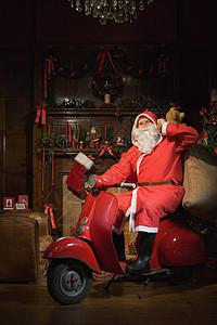 骑着拖把的圣诞老人图片