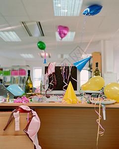 办公室聚会图片