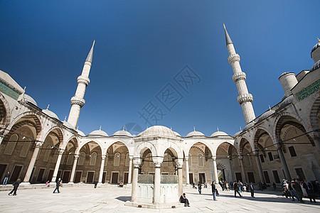 伊斯坦布尔蓝色清真寺庭院图片