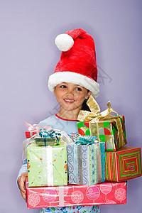 拿礼物的女孩图片