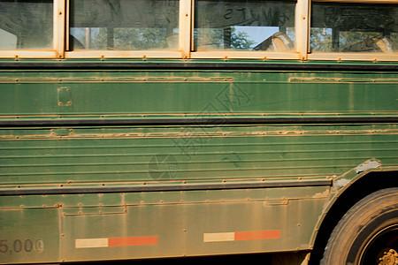 绿色客车图片