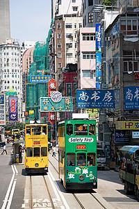 香港大街上的有轨电车图片