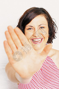 女人伸出手来图片