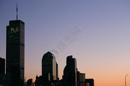 晚上的世贸中心图片
