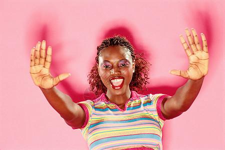 黑皮肤的外国女人图片