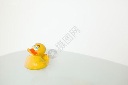 浴缸橡皮鸭图片